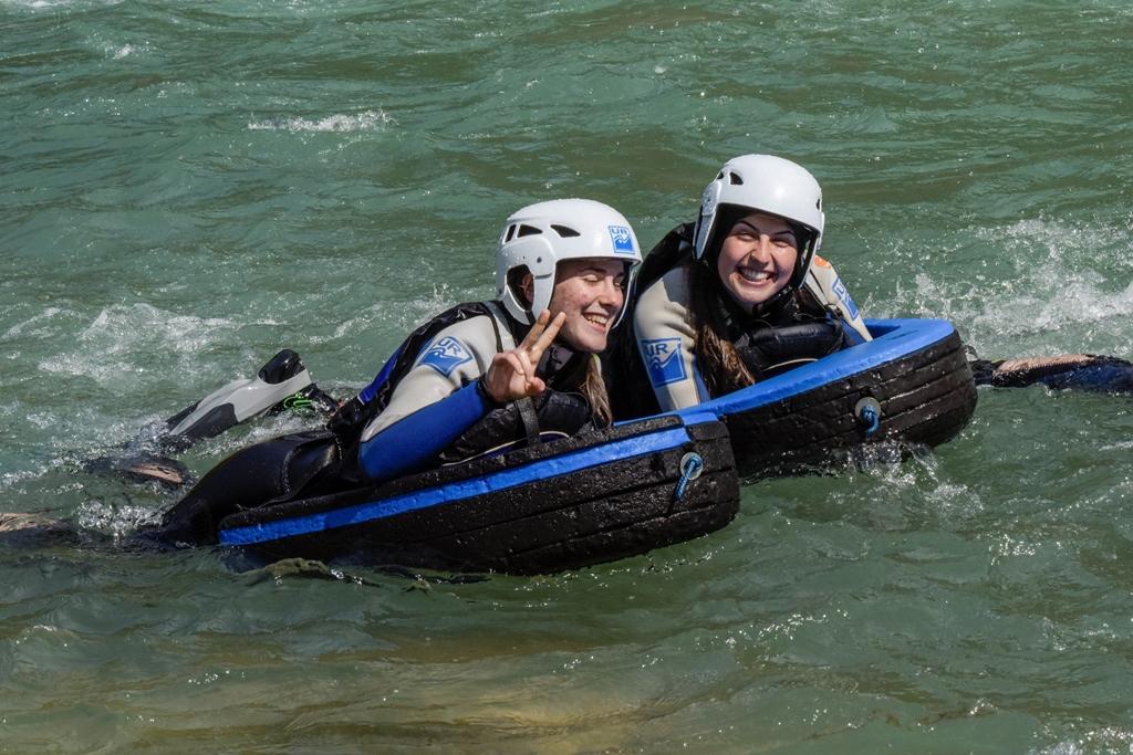 Actividad de aventura con adolescentes
