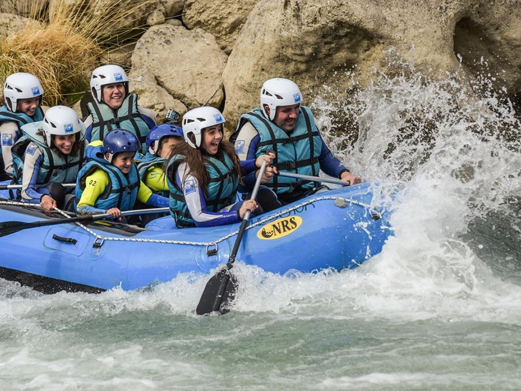 Rafting en familia zaragoza